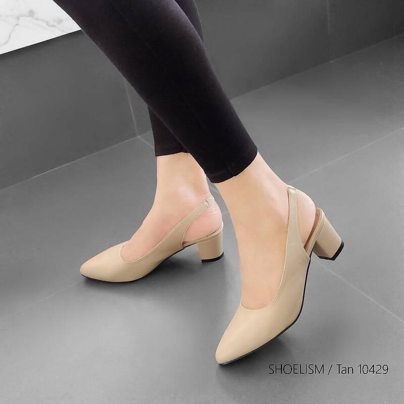 #รองเท้าคัชชู หน้าเรียว